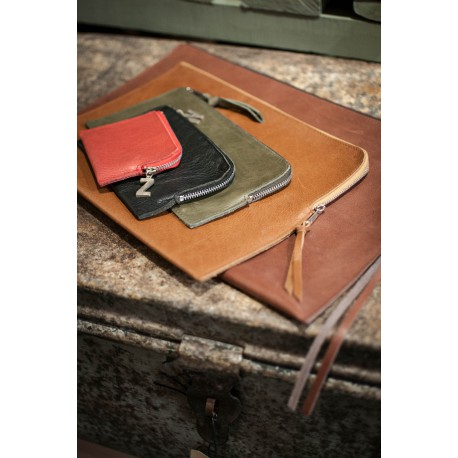 Leather iPad cover Dean L