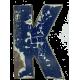 Houten letter K gemaakt van oude vissersbootjes