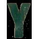 Houten letter Y gemaakt van oude vissersbootjes